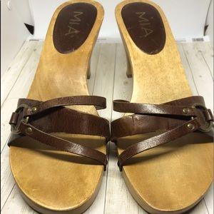 Mía wood shoes vintage